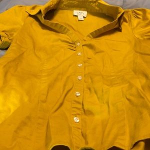 Ann Taylor LOFT button down front shirt. Size M